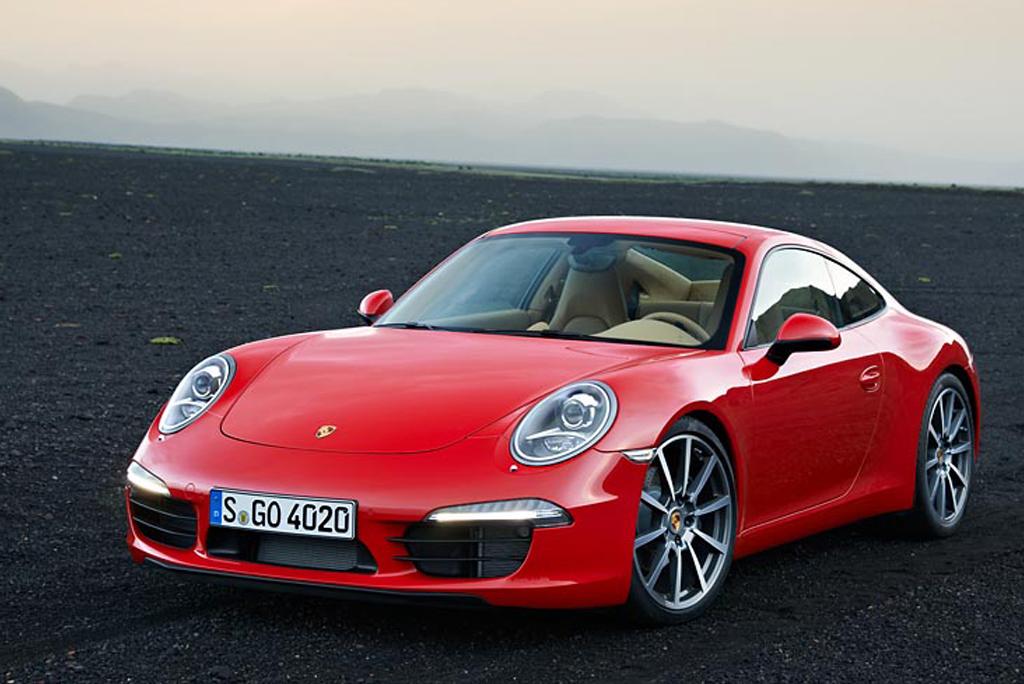 Porsche 911 Carrera - лучший дизайн 2012
