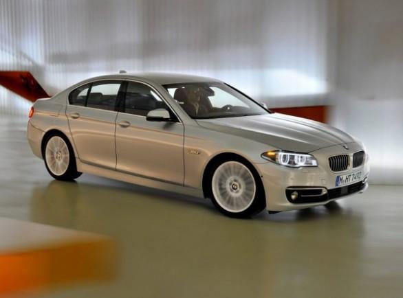 BMW представили обновленную пятую серию