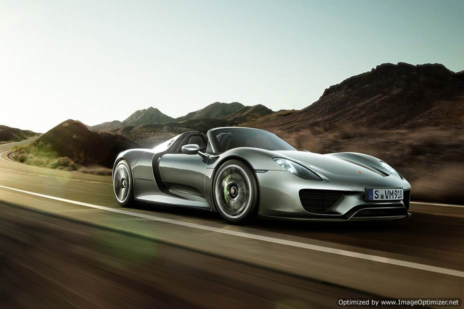 a-look-at-the-2015-porsche-918-spyder-hybrid-1