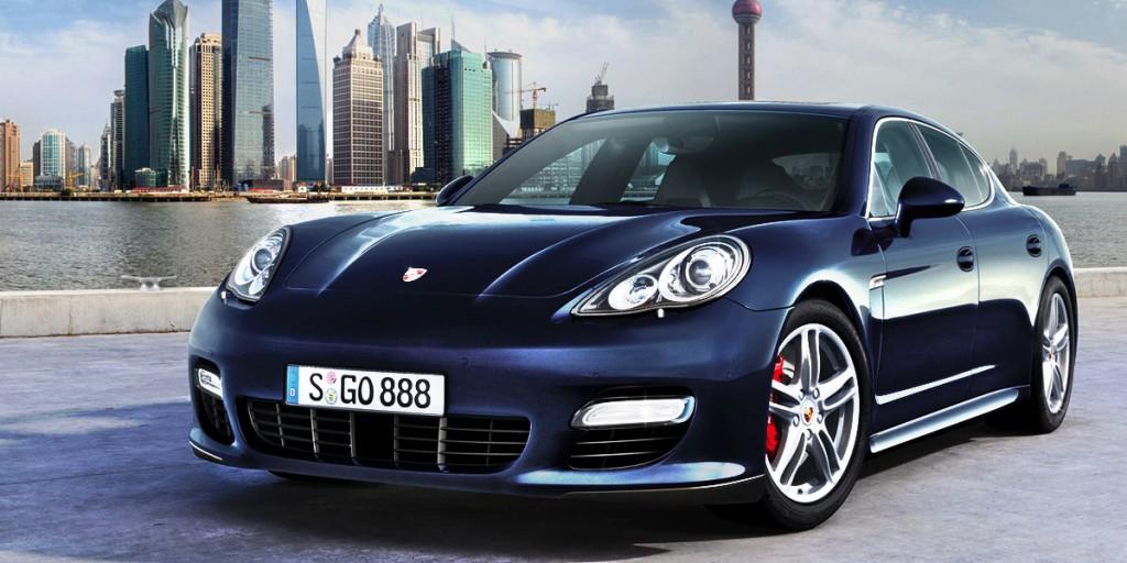 Новый Porsche Pajun прямой конкурент для Tesla Model S