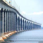 Мост конфедерации – самый длинный мост в мире, возведенный над покрывающейся льдом водой (Канада)