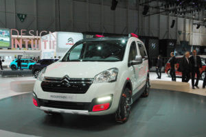 Женевский автосалон 2015 – оригинальные концепты и стильные «серийные» авто!