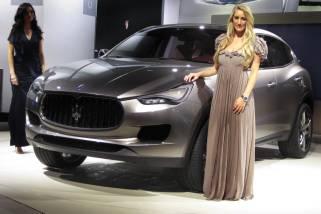 Официальное заявление от концерна Fiat Chrysler о скором выходе нового мощного внедорожника Maserati Levante на дорогах США и Китая.