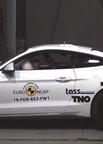 Ford Mustang: краш-тест на Двойку!