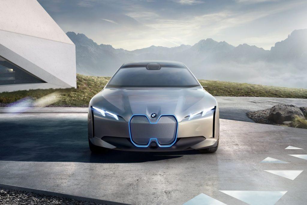 Франкфуртский IAA-2017 - место официального дебюта автоновинок