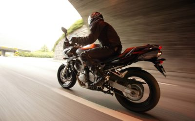 Шлем спасет мир или как помочь мотоциклисту