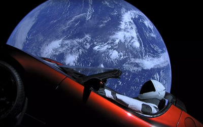 Tesla Roadster Илона Маска отправили в космос