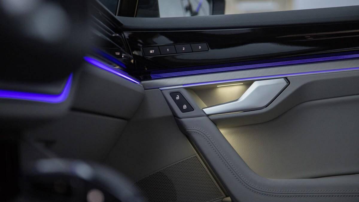 Обзор салона нового Volkswagen Touareg 2019