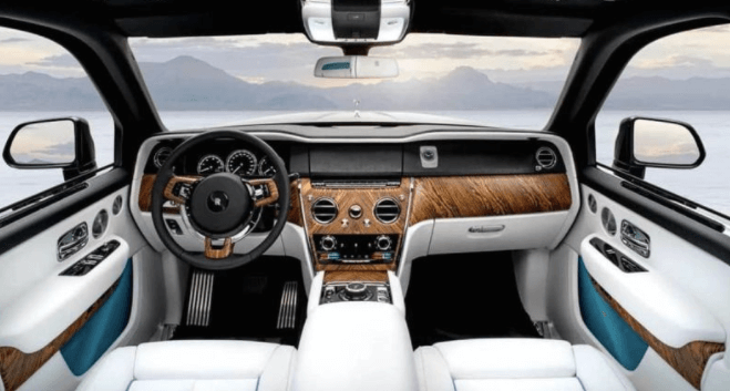 Rolls-Royce Cullinan – первый кроссовер премиум-бренда