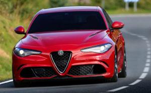 Автолюбители высоко оценивают «привлекательные пропорции» внедорожника и качество сборки, отмечая, что в прошлом не было никаких «вопиющих компромиссов», которые часто встречались в автомобилях Alfa Romeo.